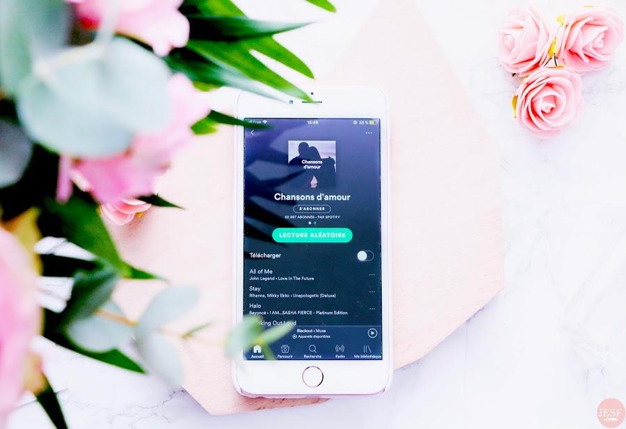 idées-cadeaux-saint-valentin-fleurs-bouquet-interflora-playlist-musique